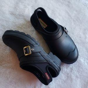 Hunter black water sling back clogs shoes 6